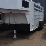 horse-trailer2